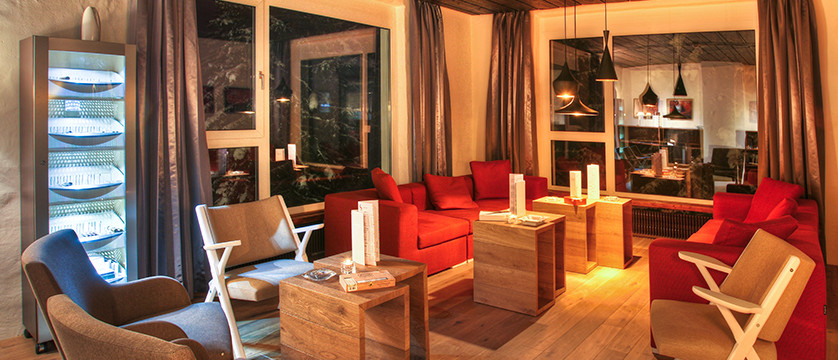 Switzerland_Graubünden-Ski-Region_Arosa-Lenzerheide_Hotel_Sunstar_Alpine_loun ge3.jpg